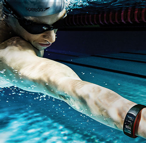 Waterproof/étanches smartwatches, activity trackers et montre de sport fitness