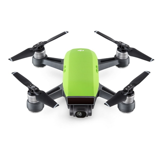 DJI Spark Fly More Combo 4rotors Vert caméra drone
