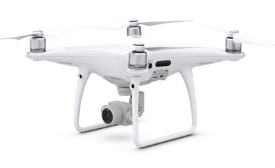 DJI Phantom 4 Pro Wit camera-drone