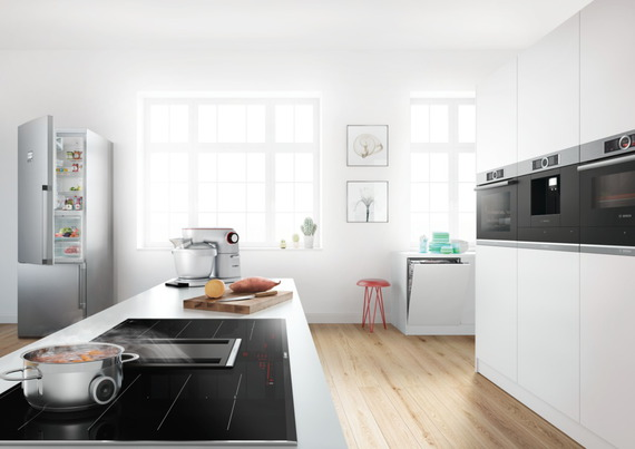 Bosch Table de cuisson à induction avec hotte integrée PXX875D34E flexInduction