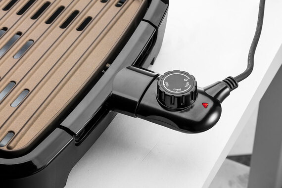 George foreman Grillade Smokeless BBQ Grill 25850-56